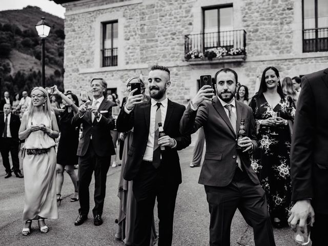 La boda de Samuel y Almudena en Cereceda (Villamayor), Asturias 200