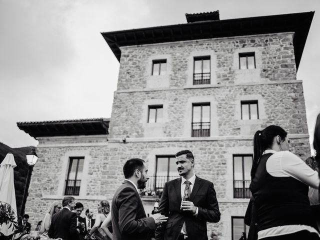 La boda de Samuel y Almudena en Cereceda (Villamayor), Asturias 218