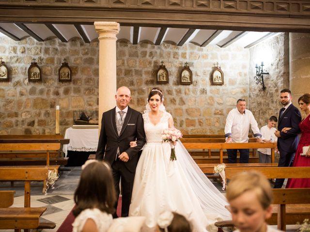 La boda de Caty y Juanvi en Rus, Jaén 16