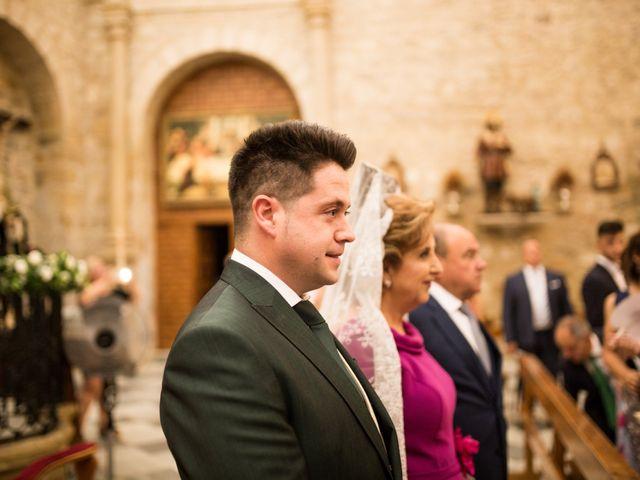 La boda de Caty y Juanvi en Rus, Jaén 17