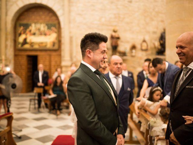La boda de Caty y Juanvi en Rus, Jaén 19