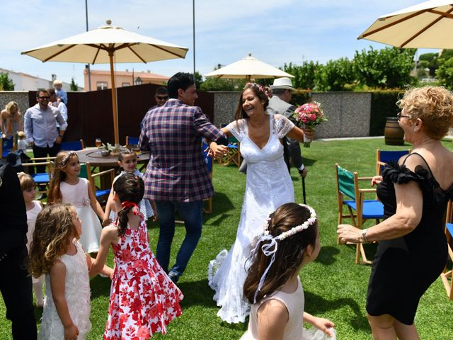 La boda de Laura y David en Pineda De Mar, Barcelona 36