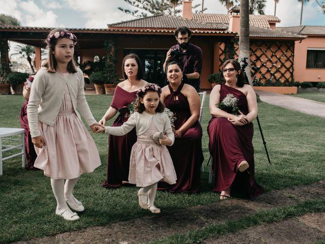 La boda de Scott y Fátima en Arucas, Las Palmas 43