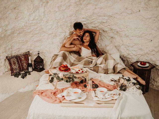 La boda de Carlos y Victoria en Granada, Granada 19