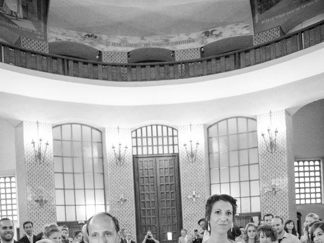 La boda de Lionel y Ana en Rivas-vaciamadrid, Madrid 21
