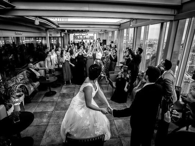 La boda de Carlos y Manuela en Barcelona, Barcelona 23