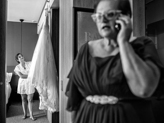 La boda de Carlos y Manuela en Barcelona, Barcelona 27