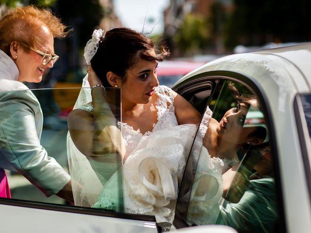 La boda de Carlos y Manuela en Barcelona, Barcelona 54