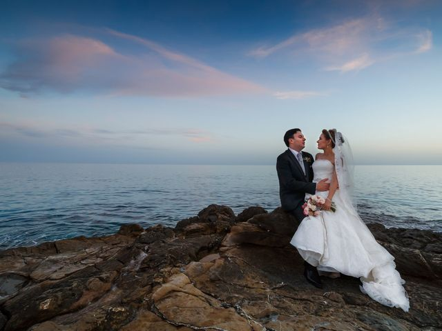 La boda de Antonio y Ana en La/villajoyosa Vila Joiosa, Alicante 47