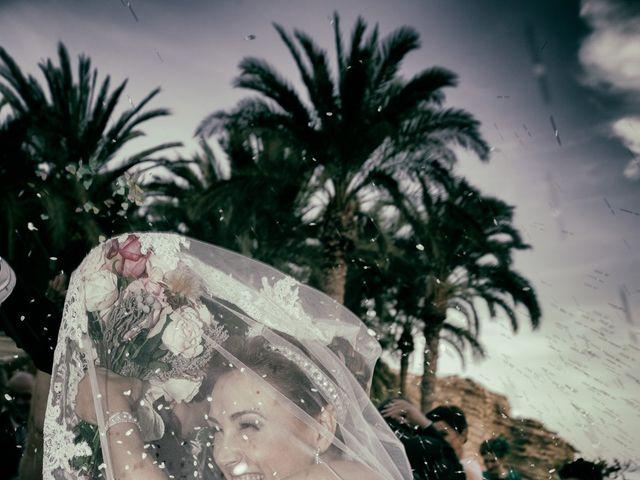 La boda de Antonio y Ana en La/villajoyosa Vila Joiosa, Alicante 48