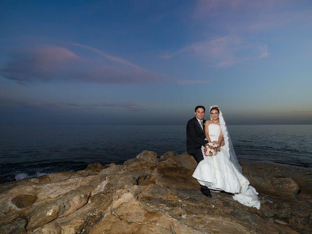 La boda de Antonio y Ana en La/villajoyosa Vila Joiosa, Alicante 49