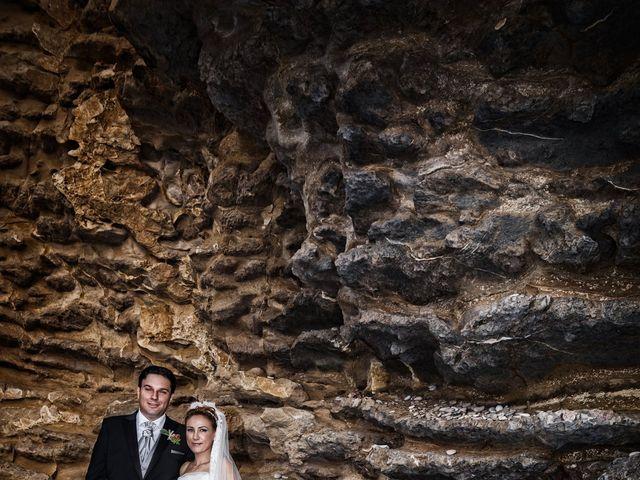 La boda de Antonio y Ana en La/villajoyosa Vila Joiosa, Alicante 50