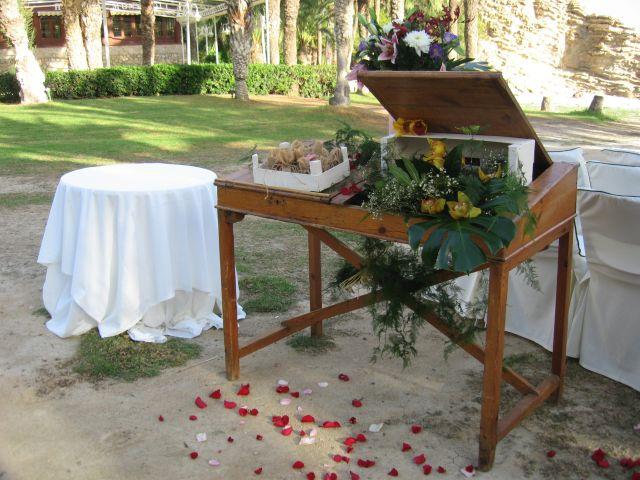 La boda de Antonio y Ana en La/villajoyosa Vila Joiosa, Alicante 59