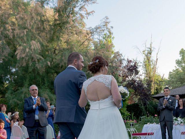 La boda de Emilio y Noemi en Yunclillos, Toledo 18