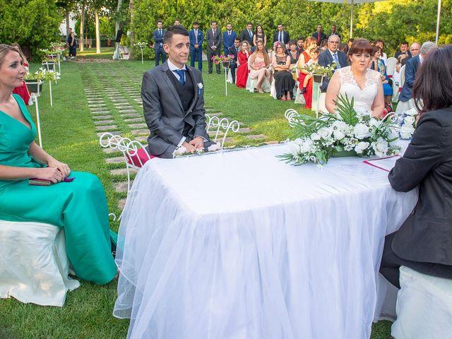 La boda de Emilio y Noemi en Yunclillos, Toledo 19