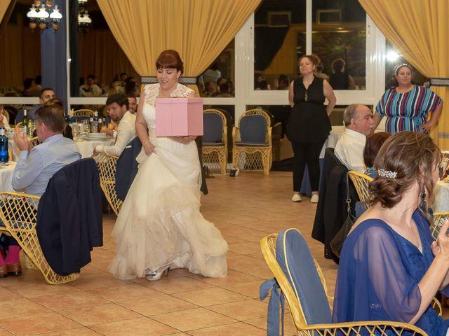 La boda de Emilio y Noemi en Yunclillos, Toledo 38