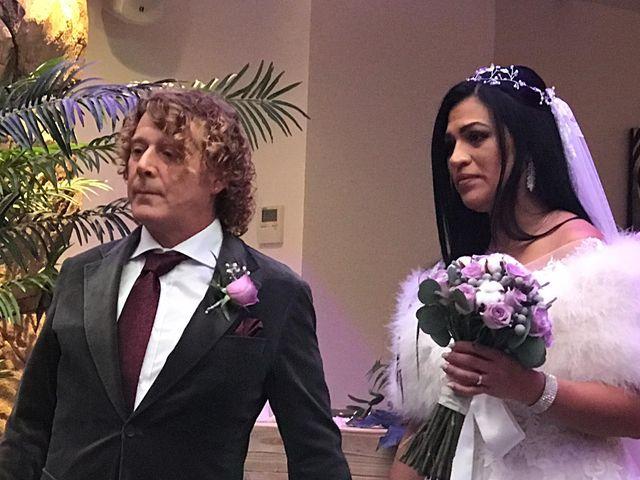 La boda de Manolo y Carolina  en Les Borges Blanques, Lleida 29