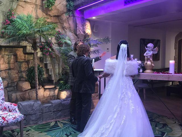 La boda de Manolo y Carolina  en Les Borges Blanques, Lleida 30