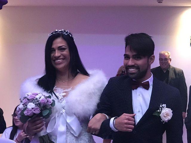 La boda de Manolo y Carolina  en Les Borges Blanques, Lleida 32