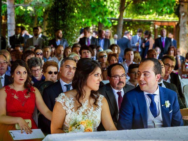 La boda de Carlos y Marta en Villanueva De Gallego, Zaragoza 23