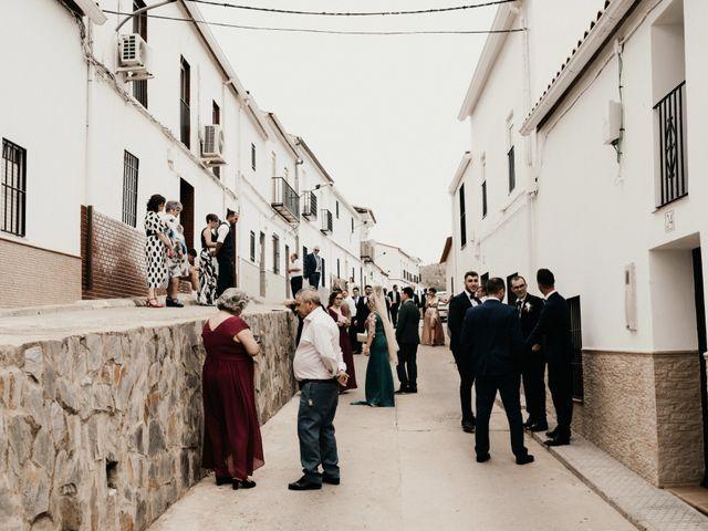 La boda de Alberto y Ara en Trasierra, Badajoz 15