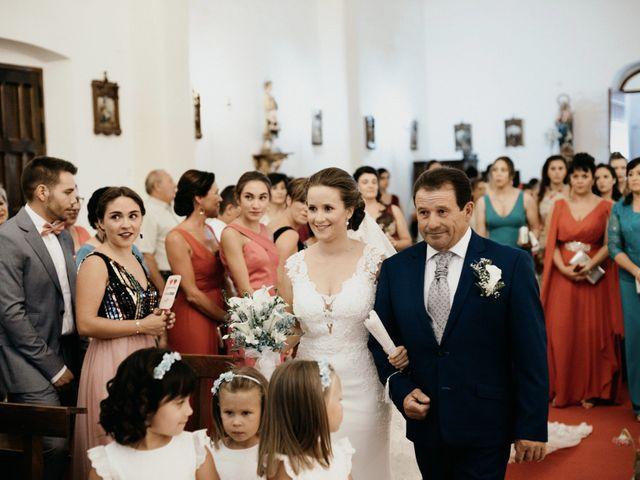 La boda de Alberto y Ara en Trasierra, Badajoz 61