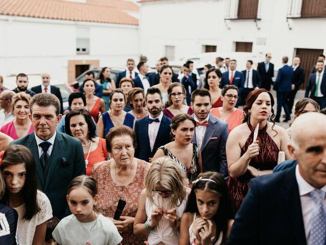 La boda de Alberto y Ara en Trasierra, Badajoz 84