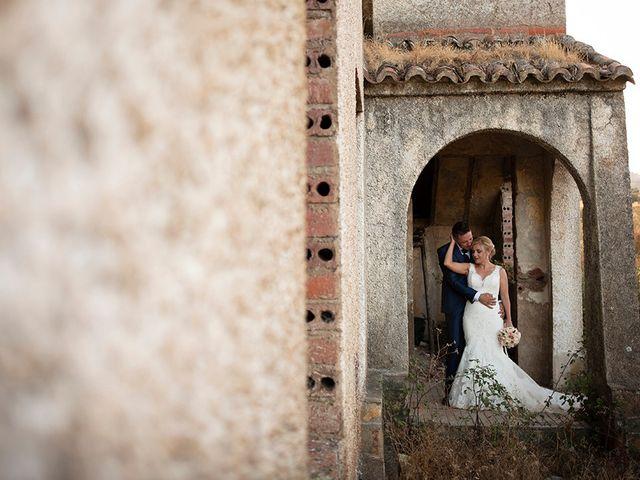 La boda de Beatriz y Joaquín en Logrosan, Cáceres 21