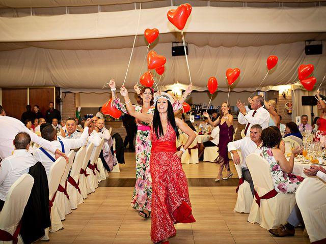 La boda de Beatriz y Joaquín en Logrosan, Cáceres 26