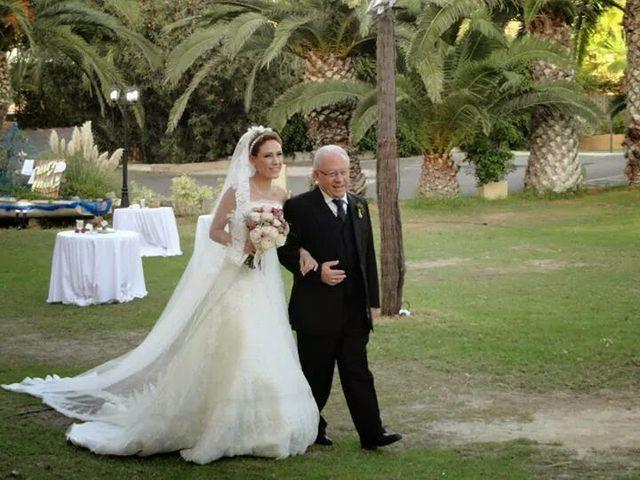 La boda de Antonio y Ana en La/villajoyosa Vila Joiosa, Alicante 28