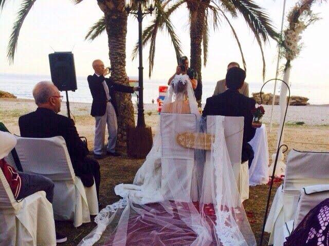 La boda de Antonio y Ana en La/villajoyosa Vila Joiosa, Alicante 31