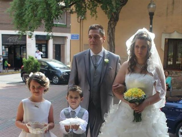 La boda de Antonio y Ainoa  en Santa Perpetua De Mogoda, Barcelona 6
