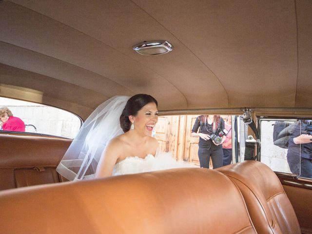 La boda de Emilio y Sara en Castelló/castellón De La Plana, Castellón 13