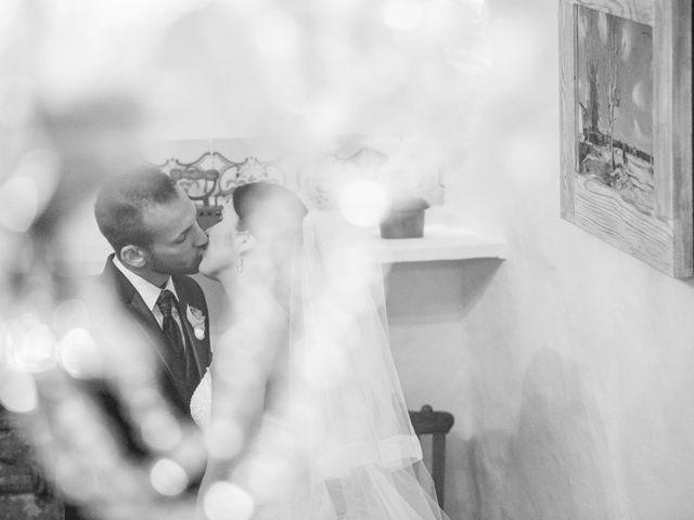 La boda de Emilio y Sara en Castelló/castellón De La Plana, Castellón 20