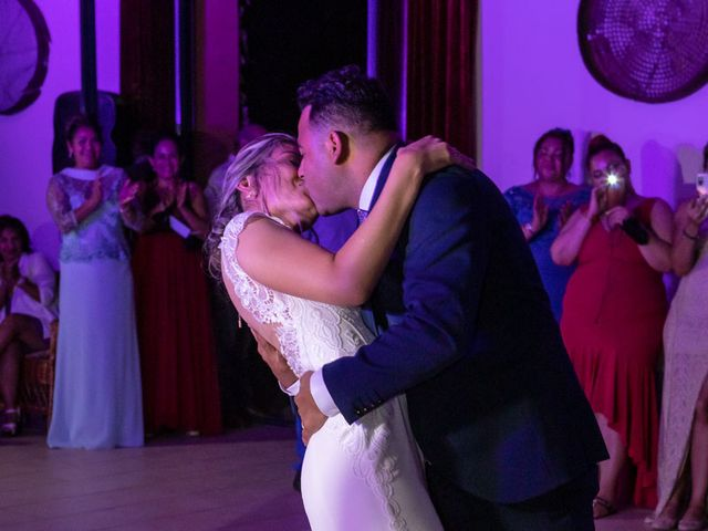 La boda de Cristhian y Katia en Sant Cugat Sesgarrigues, Barcelona 27
