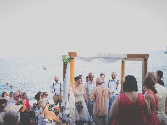 La boda de Adrián y Angie en Benalmadena Costa, Málaga 19