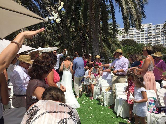 La boda de Eduardo y Paula en La/villajoyosa Vila Joiosa, Alicante 5