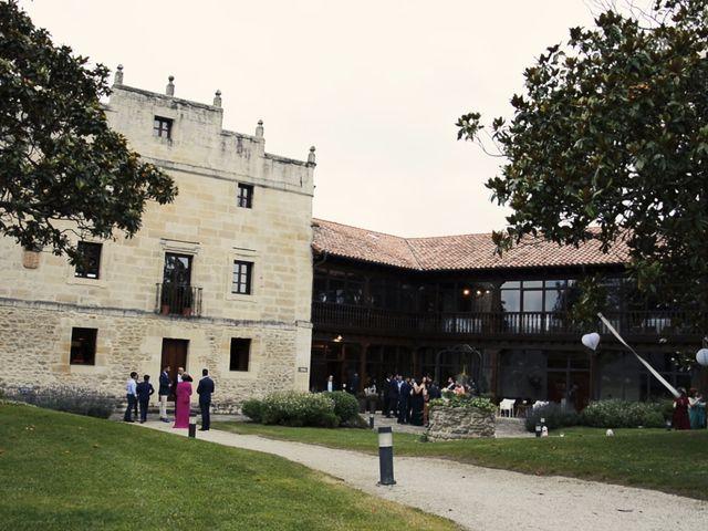 La boda de Javier y María en Santillana Del Mar, Cantabria 2