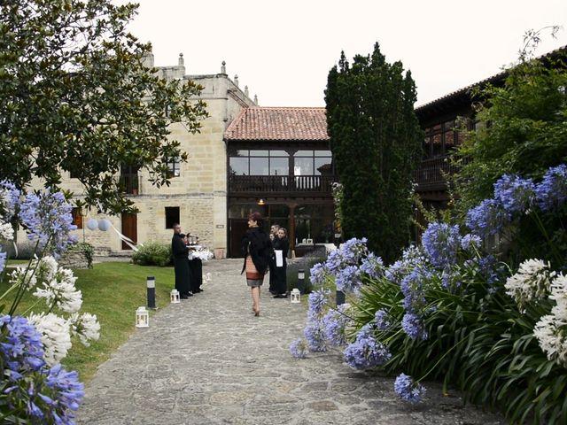 La boda de Javier y María en Santillana Del Mar, Cantabria 7