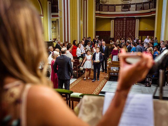 La boda de Daniel y Vanesa en Zaragoza, Zaragoza 19