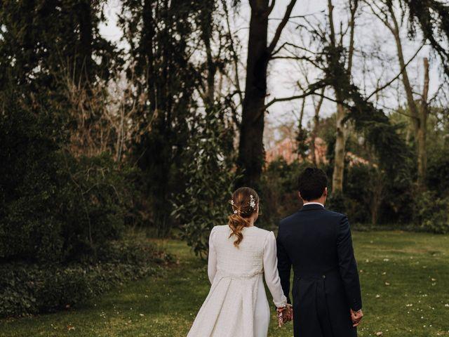 La boda de Kike y Mónica  en Finca De Las Jarillas, Madrid 37