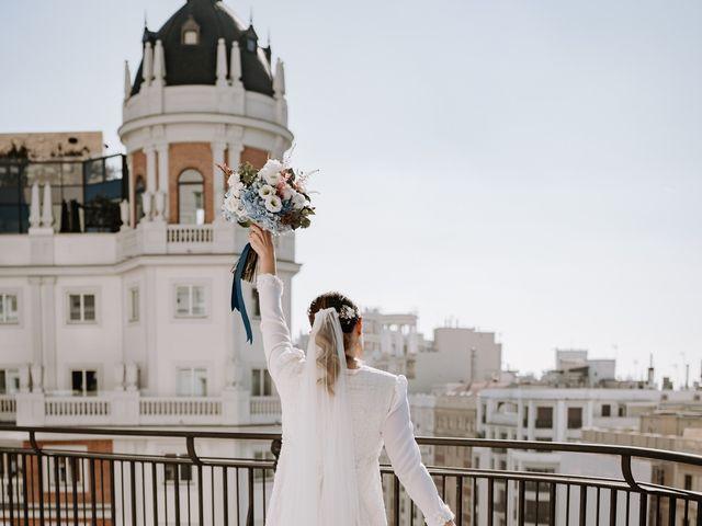 La boda de Kike y Mónica  en Finca De Las Jarillas, Madrid 41