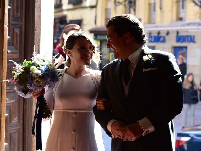 La boda de Kike y Mónica  en Finca De Las Jarillas, Madrid 43