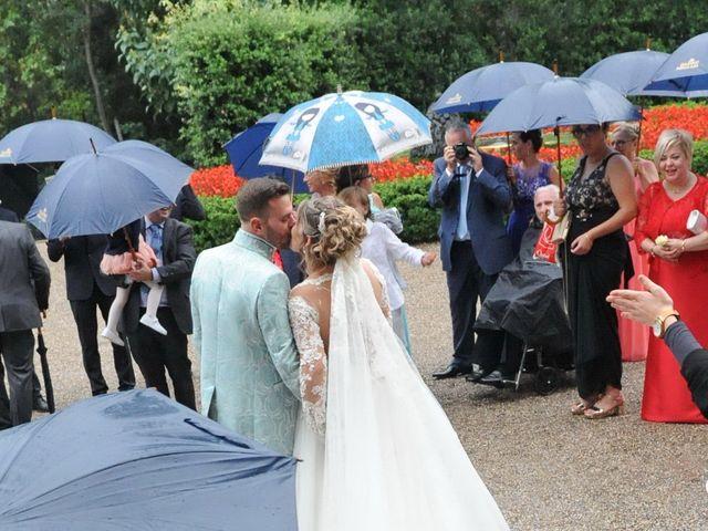 La boda de Janira y Javi en Peralada, Girona 26