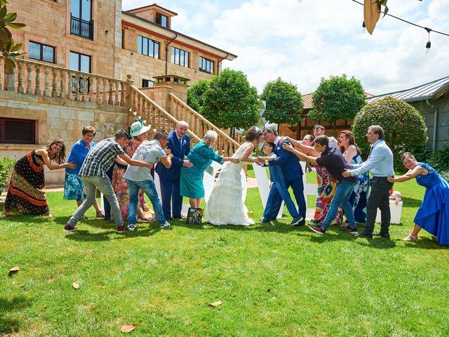 La boda de Lucas y Angela en Hoznayo, Cantabria 19
