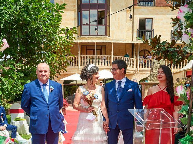 La boda de Lucas y Angela en Hoznayo, Cantabria 22