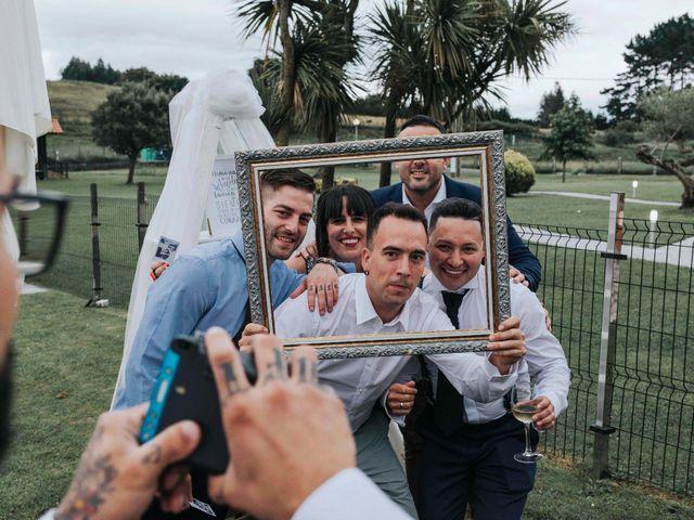 La boda de Victor y Tatiana en Laukiz, Vizcaya 60