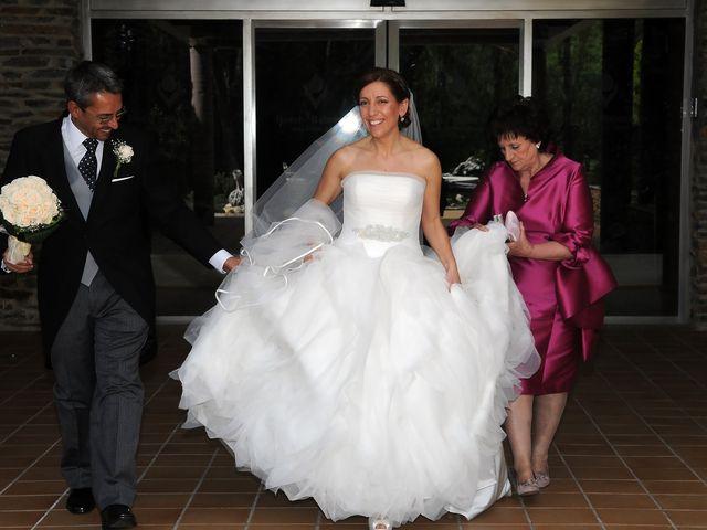 La boda de Víctor y Sonia en Valdastillas, Cáceres 9