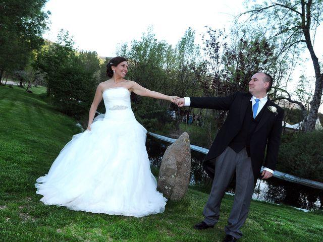 La boda de Víctor y Sonia en Valdastillas, Cáceres 23