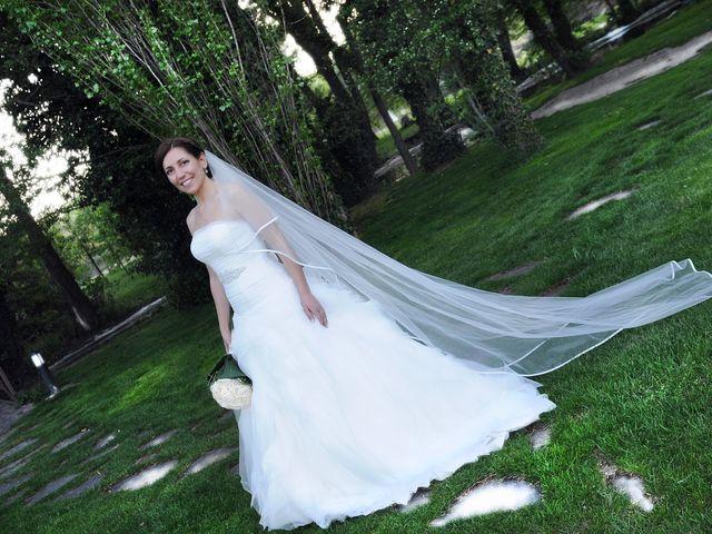 La boda de Víctor y Sonia en Valdastillas, Cáceres 24